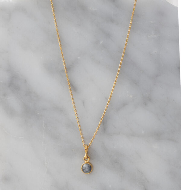 collar piedra luna oro
