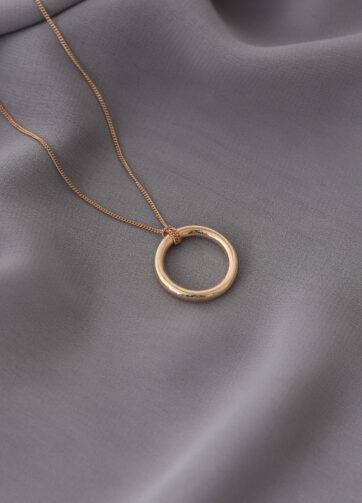 collar circulo oro alfonso sanchez