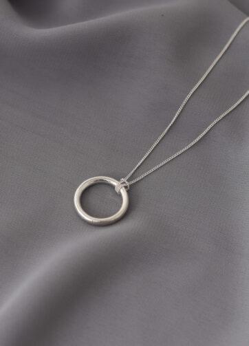 collar circulo plata alfonso sanchez
